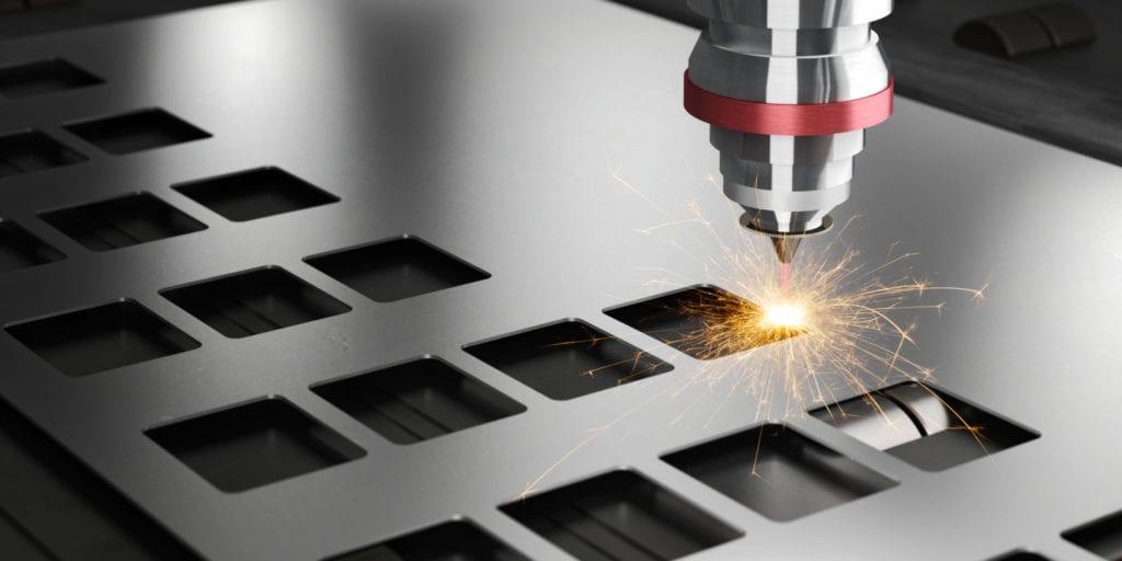 Cięcie elementów metalowych wiązką laserową