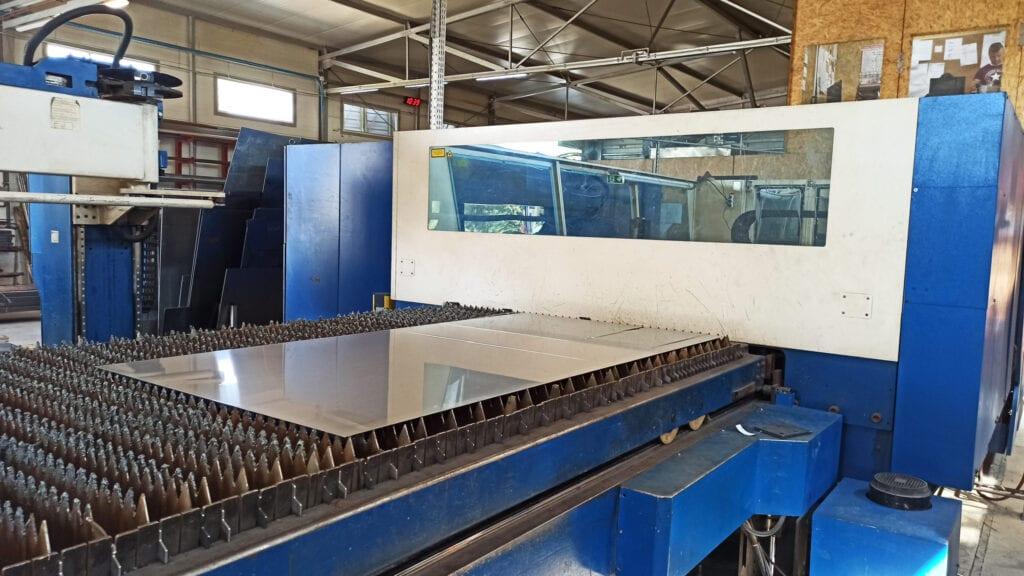Maszyna do cięcia laserowego blach metalowych TRUMPFMATIC L 3050